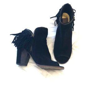 Black dolce vita heels with fringe